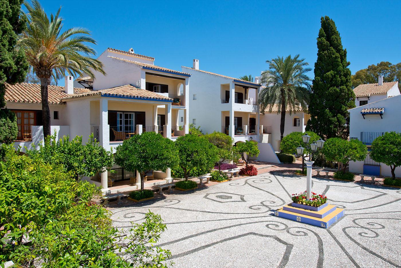 hotel-blue-bay-banus-adolfo-gosalvez-hoteles-panoramicos