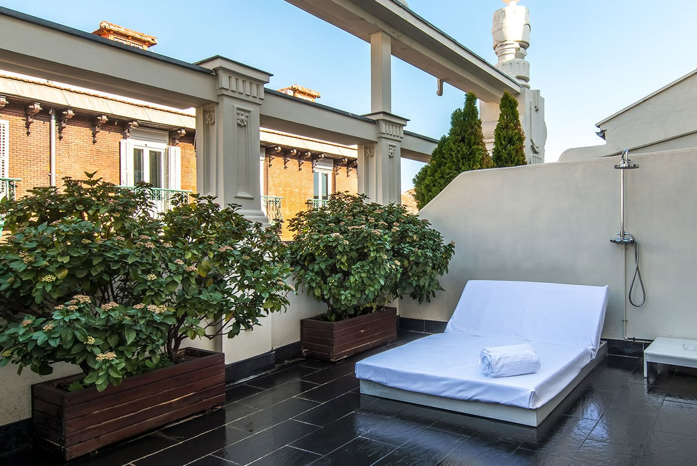 hotel-room-mate-alicia-adolfo-gosalvez-hoteles-panoramicos