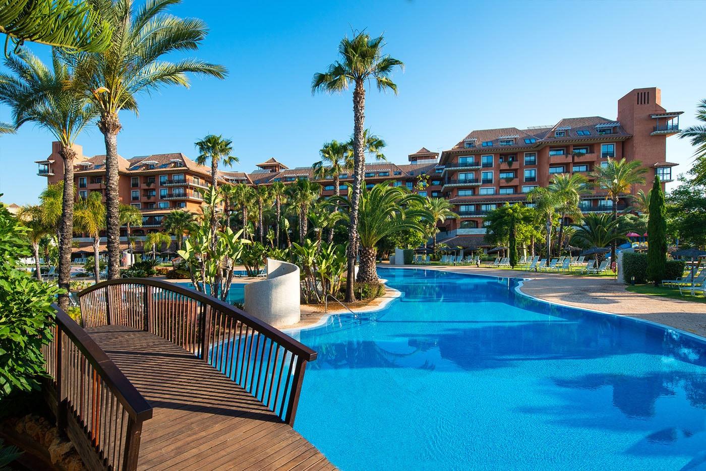 puerto-antilla-grand-hotel-adolfo-gosalvez-hoteles-panoramicos